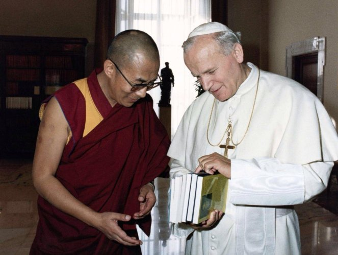pope and dalai lama